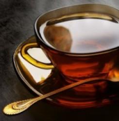 Как черный чай влияет на давление – повышает или понижает его?