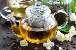 Понизить давление зеленым чаем